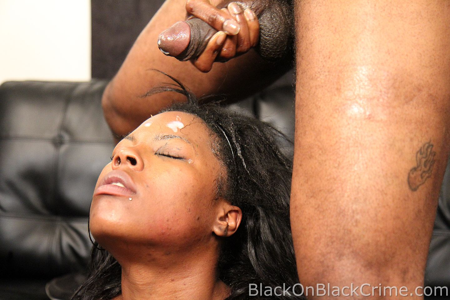 blackonblackcrime_coffee_brown_14